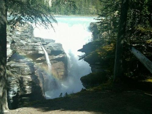 Gallery Image Athabasca_falls_-_C.jpg