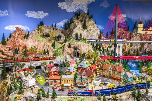 Gallery Image rail1.jpg