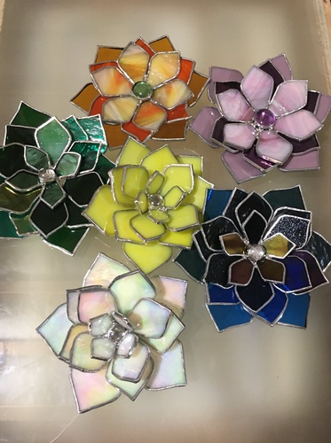 Gallery Image glass%20flowers.jpg