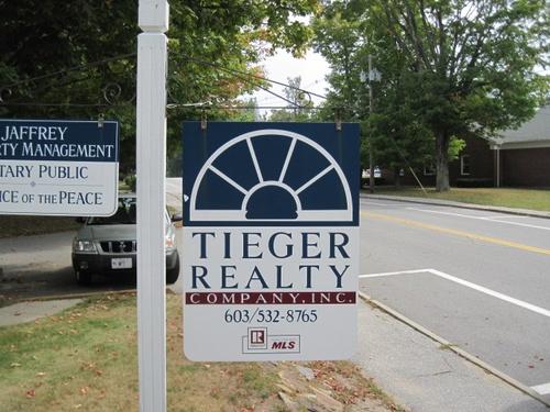 Gallery Image Tieger%20sign.jpg