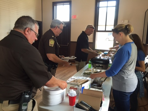 Members serving lunch to the Law Enforcement Officers