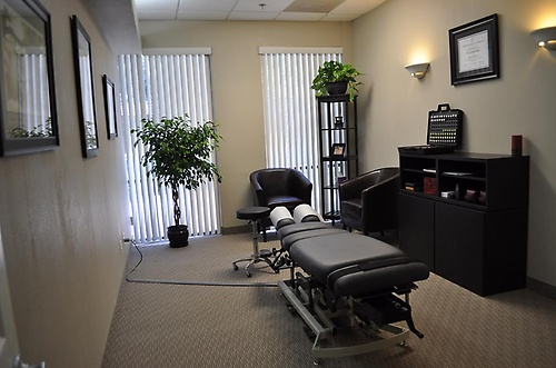 Gallery Image well%20chiropractic%20-%20Office.jpg