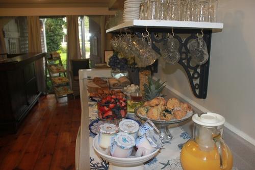 Gallery Image Breakfast%20Buffet%201.JPG