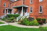 Oak Valley Inn & Suites