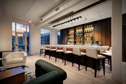 Fairfield Mariott Bar