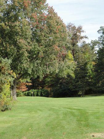 Gallery Image Barney_Road_Golf_Course-1-600-450-80.jpg