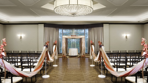 Gallery Image Sheraton-Needham-Hotel-wedding-ceremony.jpg