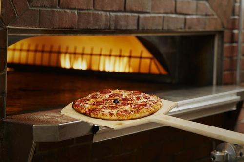 Gallery Image brick-oven-pizza1.jpg