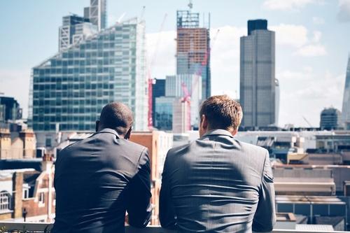 Gallery Image businessmen_orig.jpg