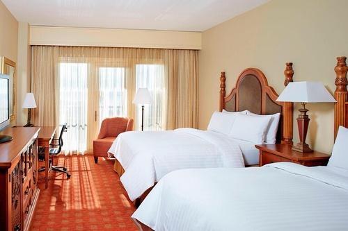 Gallery Image mslmc-guestroom-0065-hor-clsc.jpg
