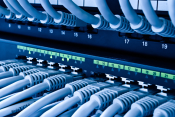 Gallery Image med_patch_panel_close.jpg