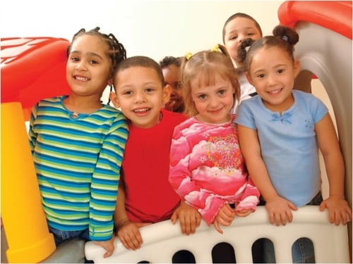 Gallery Image Kids-Playing-At-YMCA-Child-Watch.jpg