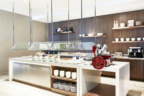 Gallery Image hsvar-kitchen-5806-hor-clsc.jpg