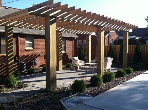 Gallery Image residential-landscaping-huntsville-EC3-bfd184df12.jpg