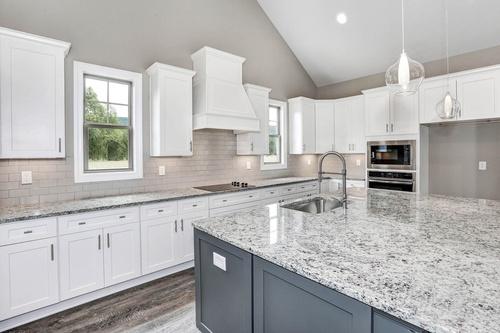 Gallery Image kitchen-1c.jpg