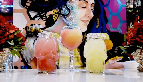 Gallery Image agave-and-rye-interior-drinks.jpg