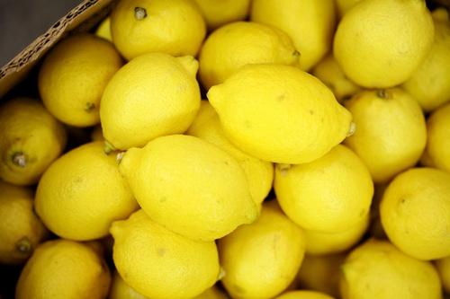 Gallery Image lemons_lg.jpg