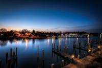 Gallery Image harbourinn-balcony_night-homepage.jpg