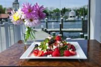 Gallery Image harbourinn-salad-homepage.jpg
