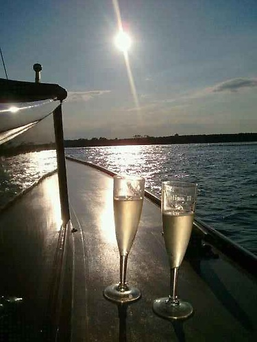Gallery Image sail%20selina%20II%20st%20michaels%20md%20romantic%20wedding%20charter%20elopement%20champagne%20flutes.jpg
