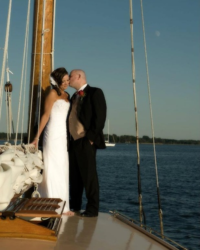 Gallery Image sail%20selina%20II.%20st%20michaels%20md.%20small%20intimate%20wedding.%20unique%20romantic%20nautical%20elopement%20brad.jpg