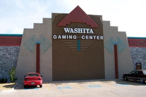 Gallery Image washita-gaming-center-2.jpg