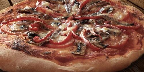 Gallery Image pizza4-760x380.jpg