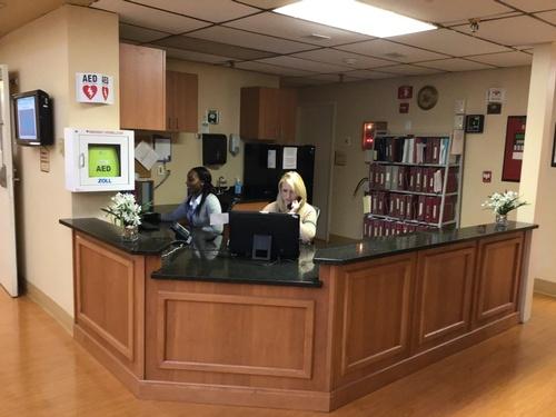 Gallery Image Harbor_Village_Nurses_Station_Ladies_on_Phone_Computer.jpg