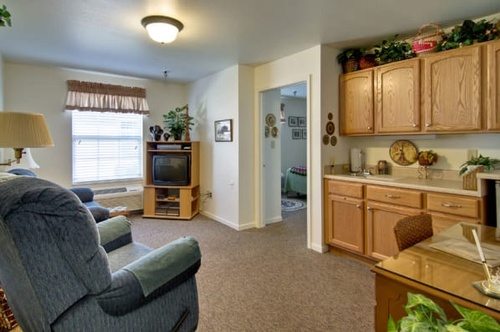Gallery Image living-space-at-neosho-assisted-living_wrieju.jpg
