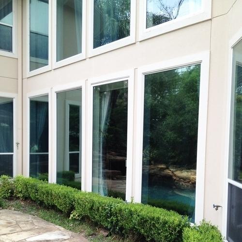 Gallery Image hurricane-windows-1-768x1024.jpg