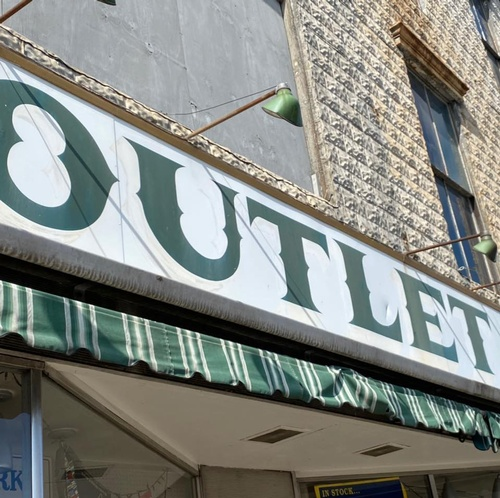 Gallery Image OUtlet%20Store.jpg