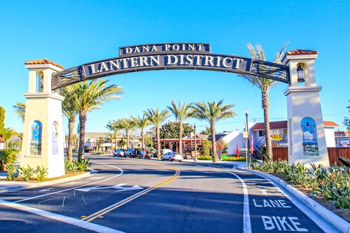 Gallery Image Dana_Point_Lantern_District_Sign.jpg