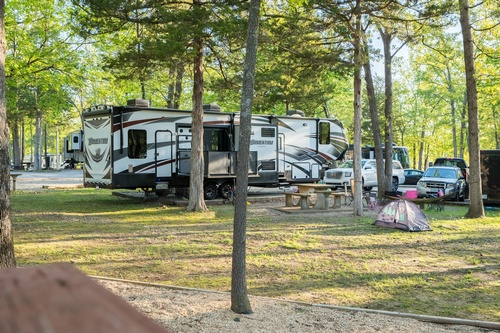 Camping at Port of Kimberling