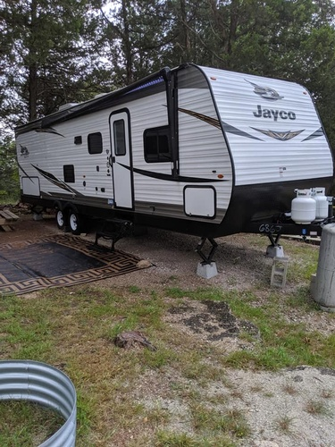 Rent a Jayco Camper at Lakeview Campground