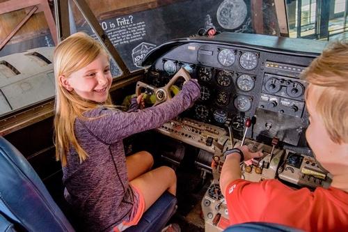 Gallery Image airplane.jpg