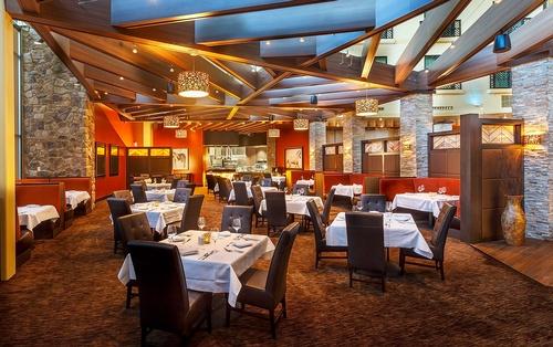 Gallery Image Seven-Rivers-Steaks-Seafood-Spirits.jpg