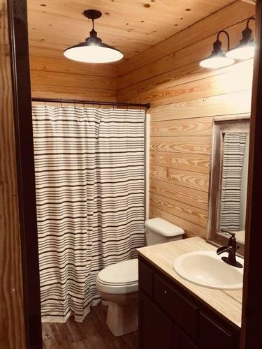 Gallery Image cabin%209.jpg