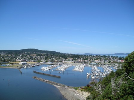 View of Cap Sante Marina from overlook at Cap Sante bluff park