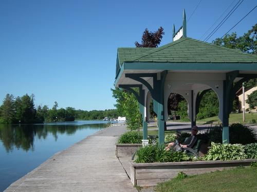 Lakefield Trail