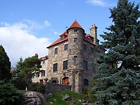 Gallery Image castle.%20tower%20corner.JPG