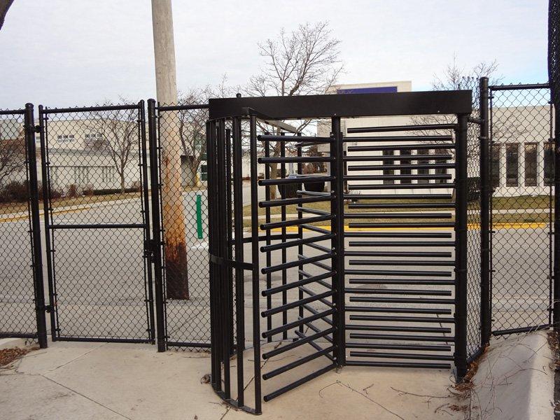 Gallery Image Black-Chain-Link-Turnstyle-Gate.jpg