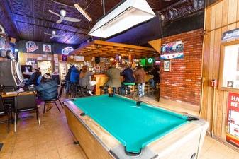 Eaton's Redwood Inn