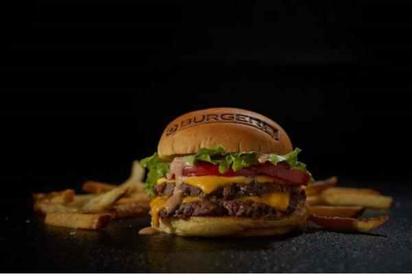 Gallery Image burgerfi1.jpg