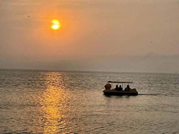 Gallery Image sunset.jpg