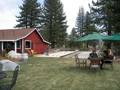 Gallery Image Truckee%20River%20Winery%20bocce.jpg