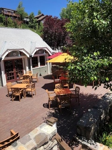 Gallery Image Tahoe%20Mountain%20Brewing%20Co%20Carriage%20House.JPG