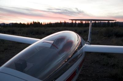Gallery Image glider-and-skyline.jpg