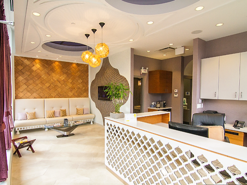 Gallery Image Atomic-Electrical-Solutions-Dr.-Lhodia-reception-area.png
