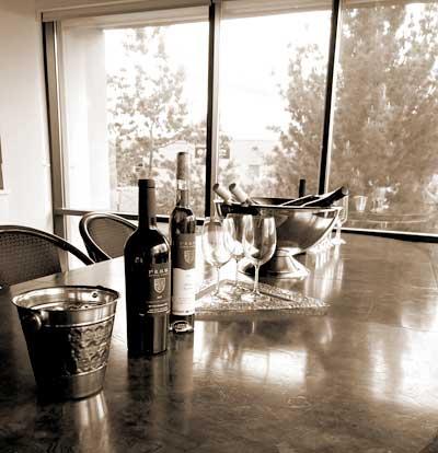 Gallery Image wineclub.jpg