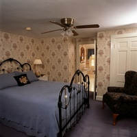 Yarmouth - Queen Antique Brass, Wrought Iron Bed